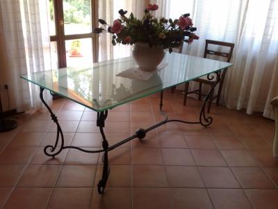 Tavoli in ferro battuto brescia calvagese della riviera - Tavolo ferro battuto e vetro ...